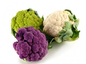 Чем подкормить цветную капусту?